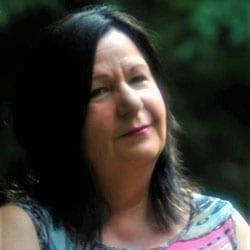 Carolyn Hamilton-Kuby headshot 2020
