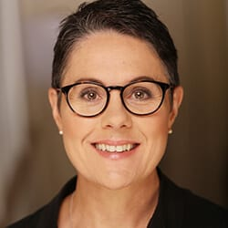 Tracy SInclair Headshot