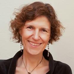 Teresa Ferreiro headshot